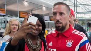Franck Ribéry met 2 diverse baardgeilstertjes