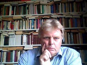 Jan Dirk Snel: Eerste Oosterparkstraat 168D 1091 HJ Amsterdam. Telefoon 020 6936424 en 06 5705 8127. E-mail j.d.snel@chello.nl. Ja, dat soort transparantie kan Wilders zich niet veroorloven. En ik ook niet.