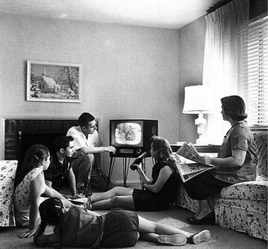televsiehuiskamertafereel-anno-plm-1960