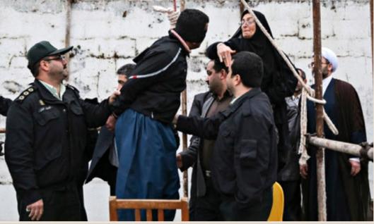 iran-ophanging-met-vleermuiswijf