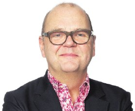 Jan Kuitenbrouwer: persoonlijk denk ik dat mannen met bloemetjes-overhemden onvermijdelijk nichterige hedonistisch-narcistische zelfverheffingsneuroten zijn